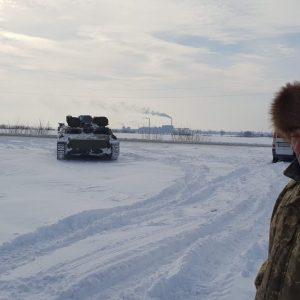 Tank Used as winter vehicle recovery, Ukraine
